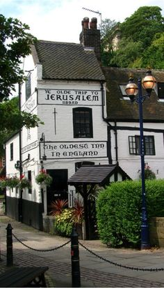Ye Olde Trip to Jerusalem - England's oldest pub, dating back to 1189AD!  Yeah, we've been around for some 800 years!  Amazing!