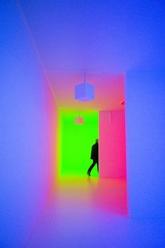 Latest exhibition at Hayward Gallery - #neon - ☮k☮ CARLOS CRUZ-DIEZ B. 1923, CARACAS, VENEZUELA. LIVES AND WORKS IN PARIS, FRANCE - #neon - ☮k☮