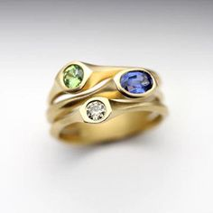 Carved series three stone ring Three Stone Rings, Carving, Gold, Design, Wood Carvings, Sculpting, Cut Work, Sculpture