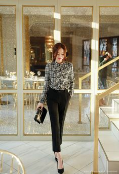 work korean fashion which looks fab 58363 Business Casual Dresses, Casual Work Outfits, Office Outfits, Classy Outfits, Office Wardrobe, Business Formal, Casual Attire, Business Attire, Office Fashion