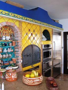 37 Colorful Kitchen Decorating With Mexican Style Home Decor mexican home decor Mexican Style Kitchens, Mexican Kitchen Decor, Mexican Home Decor, Kitchen Decor Themes, Kitchen Colors, Home Decor Kitchen, Mexican Decorations, Kitchen Ideas, Mexican Style Homes