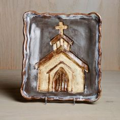 Etta B Pottery - Church Plate with Front View - Gray