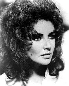 Elizabeth Taylor, we both have those Scorpio moons! Beautiful actress!