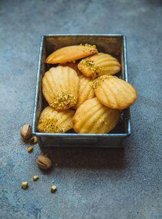 Madeleines met sinaasappel uit Ottolenghi's 'Sweet'