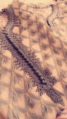 Hand Embroidery Dress, Embroidery Suits Design, Pakistani Fashion Party Wear, Pakistani Dress Design, Morocco Fashion, Asian Bridal Dresses, Moroccan Dress, Kurta Designs Women, Kurti Designs Party Wear