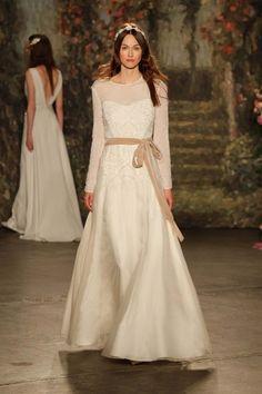 Jenny Packham 2016 Bridal Collection Jenny Packham http://www.hochzeitswahn.de/hochzeitstrends/brautkleider/inspirationssonntag-jenny-packham-2016-bridal-collection/ #weddingdress #fashion #dress