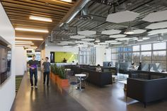 GoDaddy Silicon Valley Office / DES Architects + Engineers