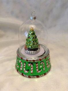 Mr. Christmas O' Christmas Tree Music Box Ornament Glass Dome over TREE
