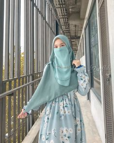 Niqab Style, Niqab Fashion, Beautiful Hijab, Fashion Sewing, Girl Pictures, Casual Outfits, Skin Care, Model, Life
