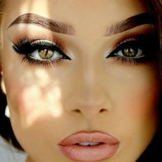 Gorgeous Makeup: Tips and Tricks With Eye Makeup and Eyeshadow – Makeup Design Ideas Gorgeous Makeup, Pretty Makeup, Love Makeup, Makeup Inspo, Makeup Inspiration, Beauty Makeup, Makeup Ideas, Beauty Tips, Flawless Makeup