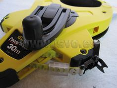Cinta métrica Stanley ® de fibra de vidrio Power Winder 30m x 12,7mm con caja abierta de ABS muy resistente. www.jsvo.es