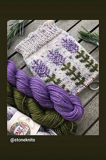 Ravelry: Blooming Lavender socks pattern by Stone Knits Knitting Blogs, Knitting Charts, Free Knitting, Knitting Projects, Knitting Socks, Knitting Patterns, Sewing Patterns, Fair Isle Knitting, Knitting Accessories