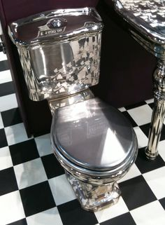 platinum toilet - I guess if I didn't have anything else to spend a million dollars on...