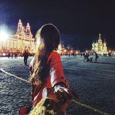 Photographer Follows His Girlfriend Around The World | Bored Panda