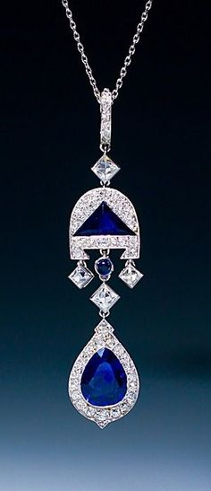 Cartier - A very fin beauty bling jewelry fashion