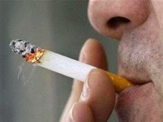 Entra em vigor a lei nacional que proíbe o fumo em locais fechados e veta publicidade