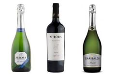 Ranking mundial avaliou mais de 650 mil rótulos In Vino Veritas, Juice Smoothie, Infused Water, Pinot Noir, Wine Glass, Beverages, Cocktails, Aurora, Bottle