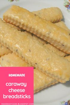 How To Make Tortilla Chips Delicious Homemade Caraway Cheese Breadsticks. It's Basically Impossible Not To Like. Best Appetizers, Appetizer Recipes, Cheese Breadsticks, Tasty, Yummy Food, Delicious Recipes, Baking Recipes, Bread Recipes, Side Dish Recipes