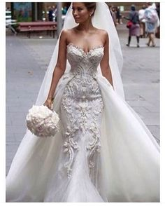 """4 Likes, 1 Comments - BridesOnBudgets (@bridesonbudgets) on Instagram: """"In love with this @steven_khalil dress """""""