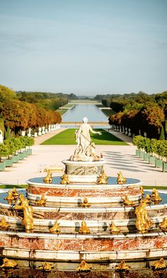 Day Trip From Paris To Palaces Of Versailles + The perfect Paris Itinerary 5 Days In Paris, Day Trip From Paris, Paris At Night, Versailles Garden, Palace Of Versailles, Louis Xiv, Places To Travel, Places To Visit, Paris Garden