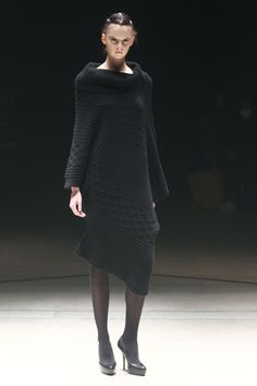 Yasutoshi Ezumi RTW Fall 2012 - Slideshow - Runway, Fashion Week, Fashion Shows, Reviews and Fashion Images - WWD.com