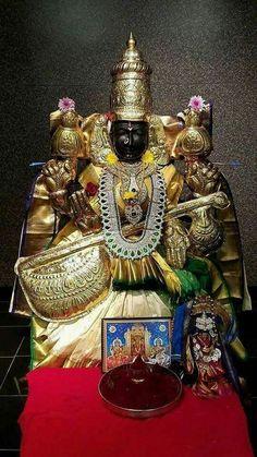 Lord Mahadev, Krishna Radha, Goddess Lakshmi, Lord Vishnu, Hindu Deities, God Pictures, Hindus, Indian Gods, Shiva