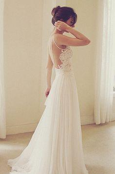 Wanda Borges Wedding Dress. | Photo: © Constance Zahn.