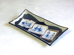 Retro Art Glass Tray, Black Smoked Glass, Houze Glass, Vintage Couples, Screen Printed, Collectible Pennsylvania Art Glass