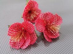 Needle lace Spring branch lace making - Knitting Needle Tatting, Needle Lace, Needle And Thread, Bead Crochet, Irish Crochet, Lace Flowers, Crochet Flowers, Spring Branch, Herringbone Stitch
