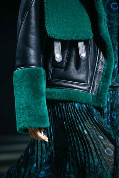 Kenzo Fall 2015 Ready-to-Wear - Details - Gallery - Style.com
