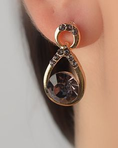 $1.99 - Multifaceted Crystal Teardrop Earring