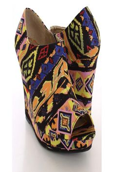 Luv the print on this shoe.