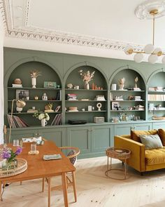 Living Room Green, Living Room Interior, Home And Living, Colorful Kitchen Decor, Kitchen Colors, Built In Shelves Living Room, Living Spaces, Sweet Home, House Design