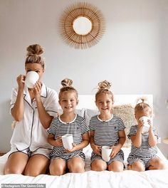Mothers Day May, Happy Mothers, Cute Family, Beautiful Family, Family Pics, Family Goals, Mother Daughter Maternity, Artistic Fashion Photography, Happy Photos