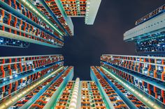 These pics of Hong Kong high rises are incredible. I want someone to paint them. The colors are great, especially on this one.