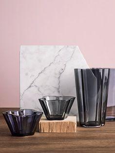 Iittala-verkkokauppa - store.iittala.fi Alvar Aalto Vase, Timeless Design, Modern Design, Nordic Living, Design Bestseller, Vase Shapes, Organic Form, Scandinavian Home, Handmade Decorations