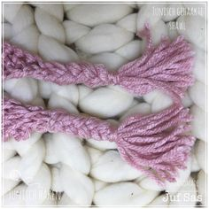 Tunisch gehaakte sjaal handmade by juf Sas Diy And Crafts, Knitting, September, Crochet Stitches, Tricot, Cast On Knitting, Knitting And Crocheting, Crocheting, Cable Knitting
