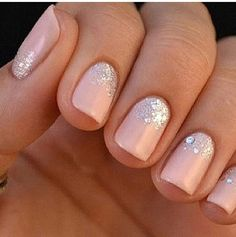 Glitter nails simple & sweet