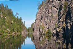 Canyon Lake Julma-Ölkky, Kuusamo Finland. Photo & copyrights: Jari Kurvinen / Vastavalo.fi