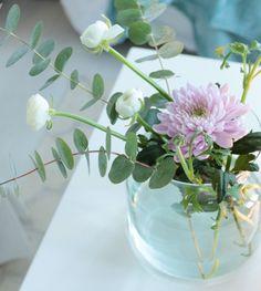 Glass Vase, Mini, Flowers, Home Decor, Decoration Home, Room Decor, Royal Icing Flowers, Home Interior Design, Flower