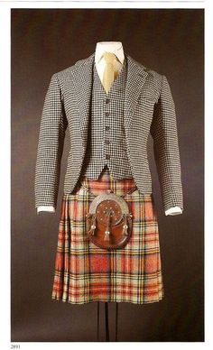 Duke of Windsor's suit, waistcoat, tartan plaid kilt and sporran. Scottish Clothing, Scottish Fashion, Historical Clothing, Scottish Dress, Tartan Mode, Tartan Kilt, Harris Tweed, Tartan Fashion, Mens Fashion