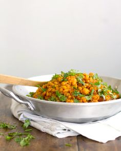 This cauliflower yellow lentil curry uses lentils or yellow split peas with tender-crisp cauliflower seasoned with yellow curry spices. Easy and healthy! Veggie Recipes, Indian Food Recipes, Vegetarian Recipes, Cooking Recipes, Healthy Recipes, Vegan Vegetarian, Lentil Dishes, Veg Dishes, Yellow Lentils
