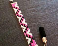 Bracelet Manchette Motif Aztèque Rose Fluo !