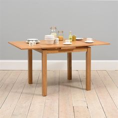 Dining Tables | Oak, Solid Wood and White Dining Tables | The Cotswold Company