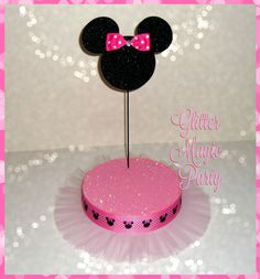 Minnie Mouse - Lollipops or Cakepops Stand - Minnie Mouse Party Decoration - Minnie Mouse Inspired Party - Minnie Mouse Birthday Minnie Mouse Birthday Theme, Minnie Mouse Baby Shower, 3rd Birthday, Minnie Mouse Party Decorations, Mouse Parties, Magie Party, Selling On Pinterest, Glitter Cardstock, Candy Table