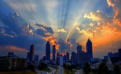 Atlanta Skyline at Sunset. A stunning photo of the downtown Atlanta building silhouettes. Atlanta Skyline, Georgia Usa, Atlanta Georgia, Atlanta Usa, Voyager Loin, Places To See, Amazing, Sunrise, Paisajes