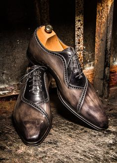 Wow, nice! #moda #fashion #cuero #leather #zapatos #shoes #marroquineria…