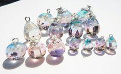 Twitter Resin Jewelry, Glass Jewelry, Stone Jewelry, Crystal Jewelry, Jewelry Crafts, Handmade Jewelry, Jewlery, Epoxy Resin Art, Uv Resin