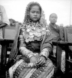 Indonesia | A young Gayo bride , North Sumatra. Photo taken before 1939