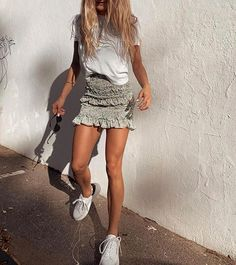 Trendy Summer Outfits, Cute Casual Outfits, Spring Outfits, Mode Outfits, Fashion Outfits, 80s Fashion, Fashion Wear, School Outfits, Fashion 2020